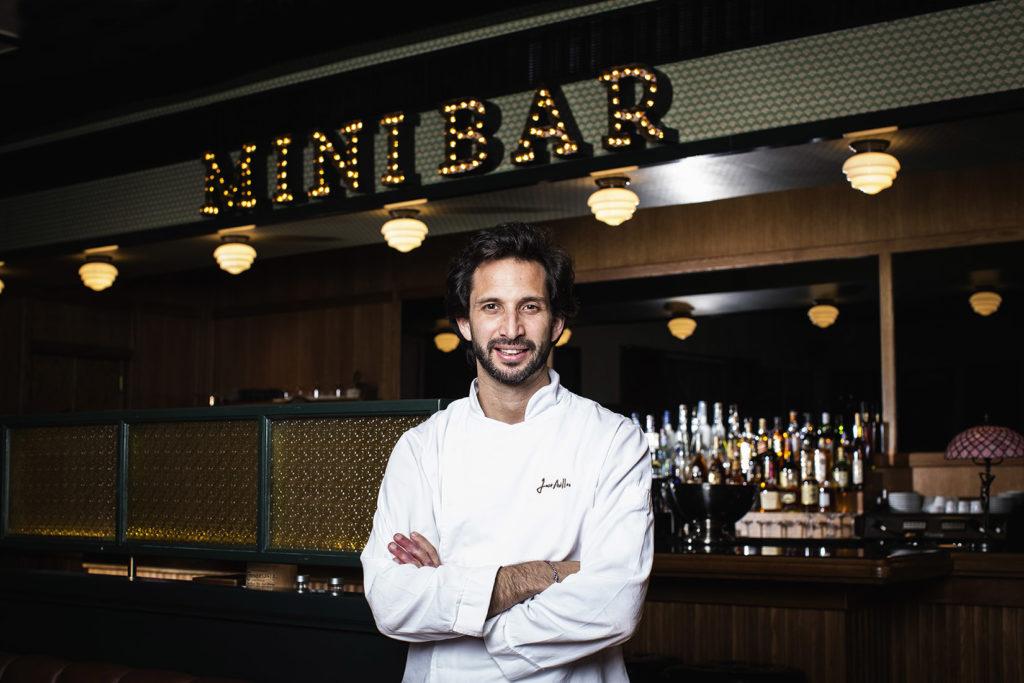 O chef José Avillez fotografado no seu novo espaço, o restaurante/Bar MiniBar no Chiado, Lisboa. foto- paulo barata 2014