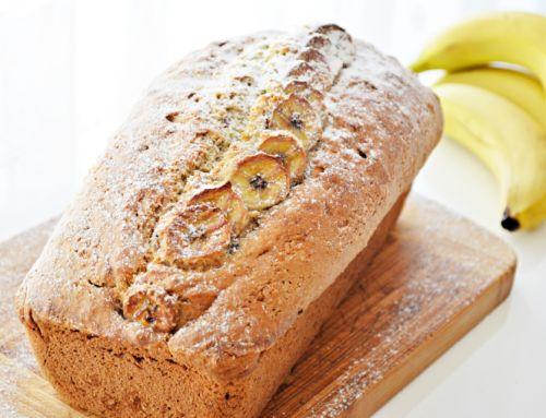 """Rețetă: Banana bread, zis şi checul """"Ce mă fac eu cu bananele astea?"""""""